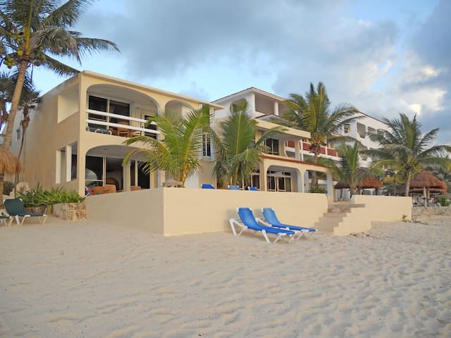 Four-bedroom home with private pool - Akumal