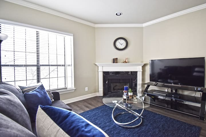 ★★★Upscale Corporate Apartment Uptown Dallas