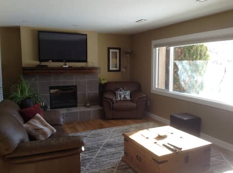 Centrally located 1 Bedroom Suite
