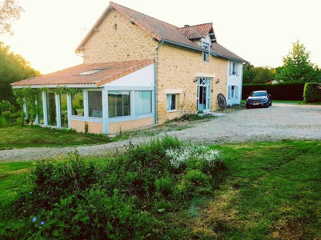 Maison de Charme en Dordogne avec piscine