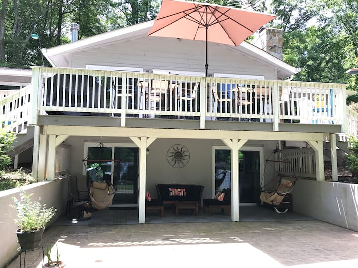 Lake Anna Waterfront Home. Sleeps 14