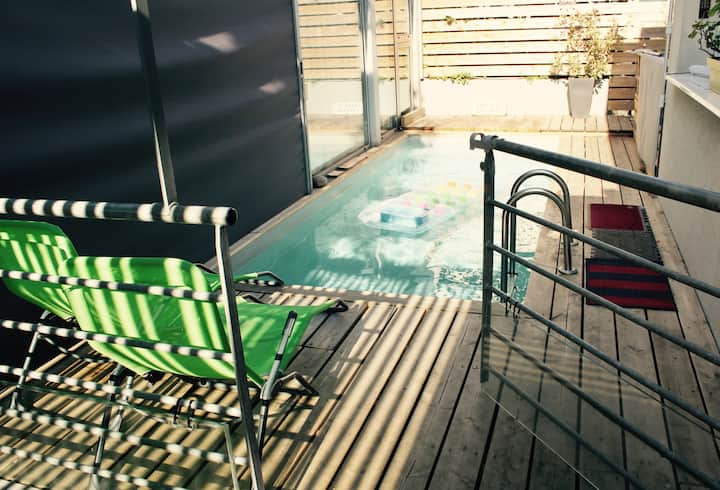 Grande Maison piscine chauffée orée forêt vue pano