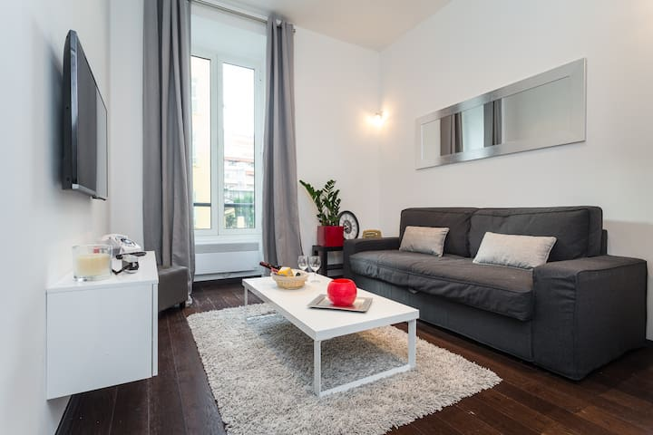 LASCARIS - Cosy flat with AC , Port