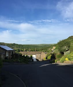 Luxurious countryside couples getaway, Sleeps 4 - Mytholmroyd - House