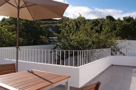 Modern apartment with terrace  - Almada