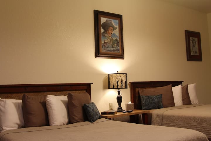 John Wayne Suite @ Two Hats Ranch