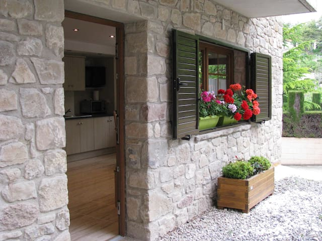 AlpensHolidays ground floor house
