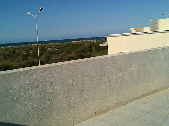 Belle maison vue sur mer - Sulayman - Rumah