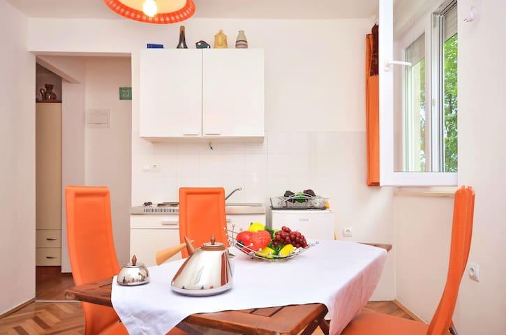 Apartman Bepo - Omiš - Appartement