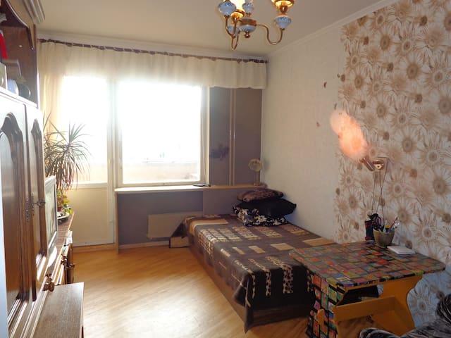 room & breakfast in local home - Riga - Bed & Breakfast