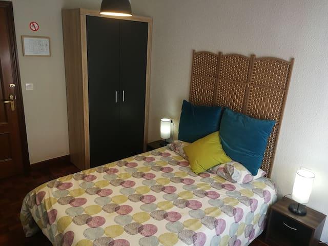Se alquilan tres habitaciones privadas Numero 1