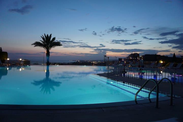 Sunset Beach Residence Vip Phase 1, G-1 - Konaklı Belediyesi - Apartment