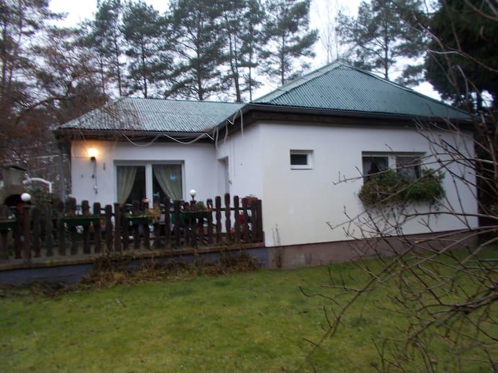 Ferienhaus Am Weinberg 1 5,  85 €