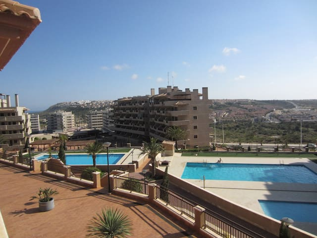 Newly-built appartment-Los Arenales with parking
