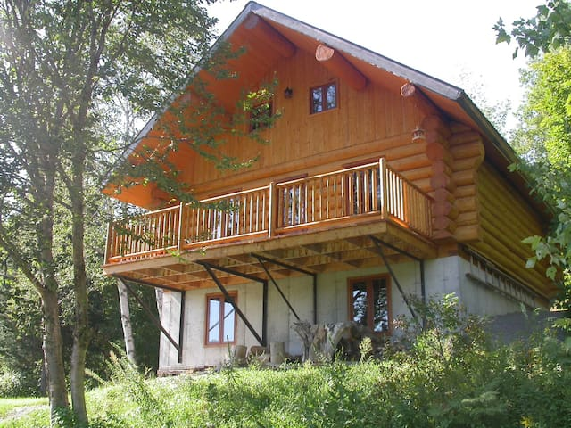 Superb roundwood cottage for rent - Lac-aux-Sables - Chalet