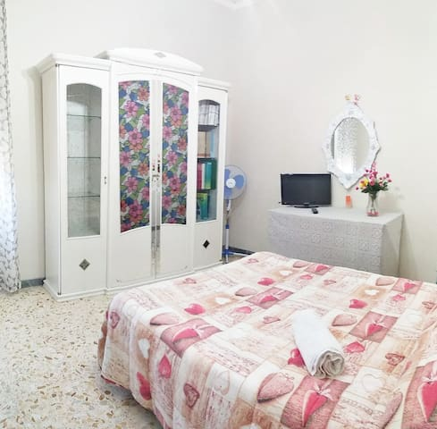 Flower Bedroom - Camposano