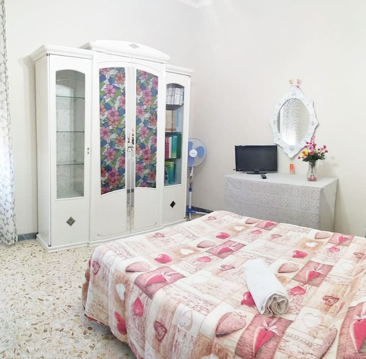 Flower Bedroom - Camposano