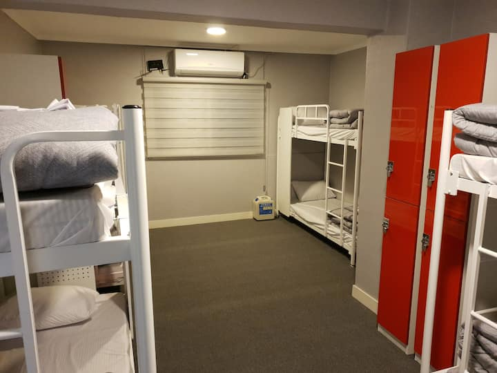 Cost-Effective 8-Bed Private Room in Haeundae-1min