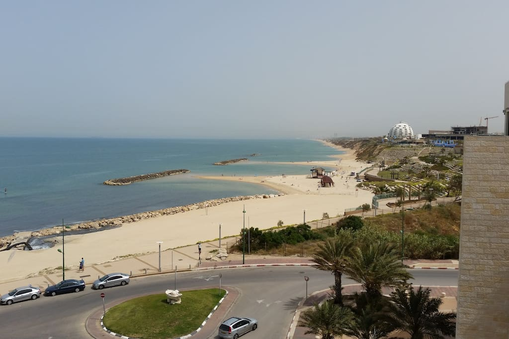The Ashkelon beach and shoreline right outside