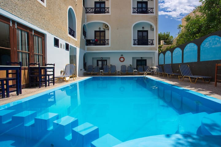 5 Persons apt at Anny's  Perissa  - Thira - Apartment