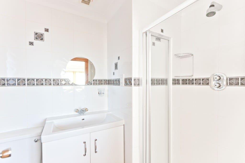 Private ensuite shower room.