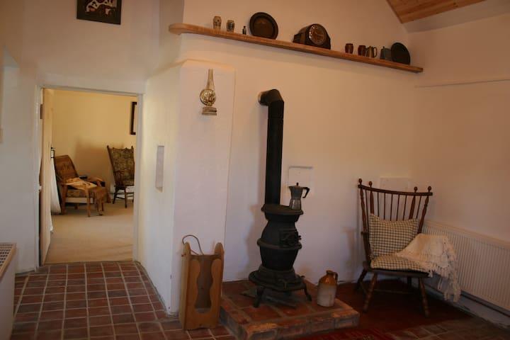 Tulip Cottage (Rural Cottage) - The Swan - Casa