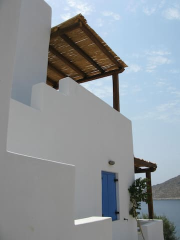 Fantastic studio on the sea - Xirokampos - Apartamento