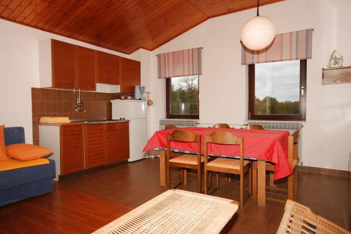 Two bedroom apartment with terrace Manjadvorci, Marčana (A-7445-a)