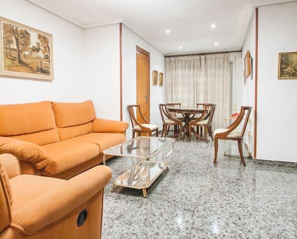 Cheap apartment near University - Valencia - Huoneisto