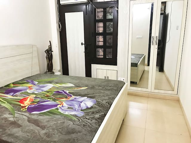 Comfortable Stay - New Delhi - House