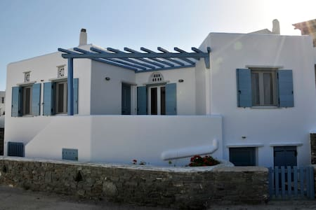 House by the sea - Tinos