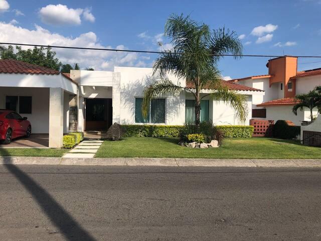 Casa con Caldera ! en Lomas de Cocoyoc Oax