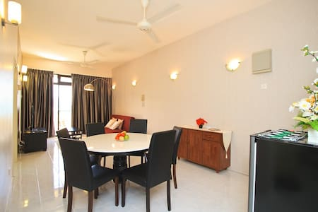 Penang Island Holiday Apartment - Batu Feringgi
