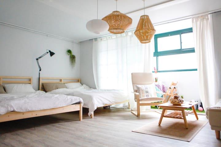 *OPEN SALE*Planterior House3: 3mins HongikUniv.stn - Mapo-gu - Ev