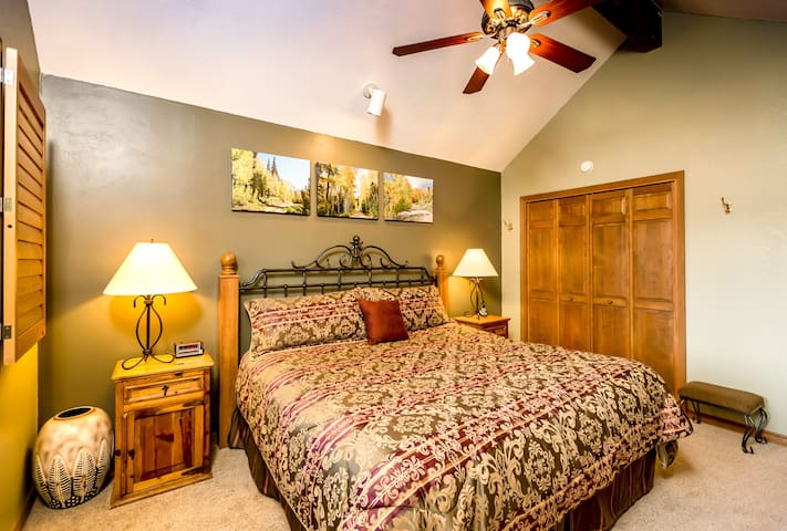 Beautifully decorated Master BR with king size bed and large closet, with well appointed furniture including full chest of drawers