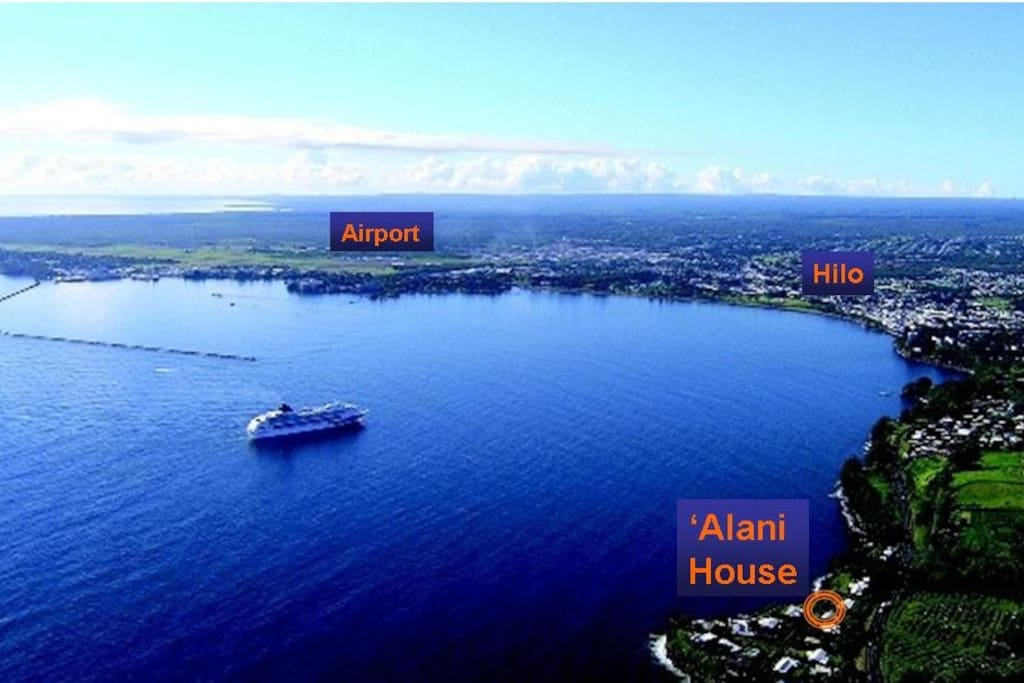 Perfect location - 2 Miles north of Hilo on the Hamakua Coast and just walk to the beach