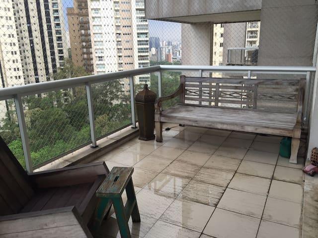 Lindo apartamento na rua do Parque Burle Marx - São Paulo - Apartment