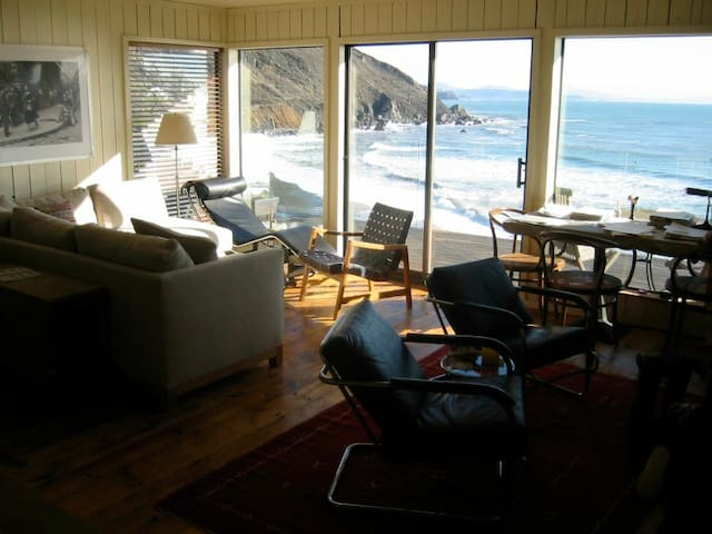 Ocean Front Property - Beach House - Muir Beach - 단독주택