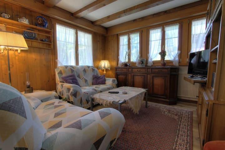 Appartement Dahlia, (Rougemont), 2 chambres à coucher, 60 m2, 4 personnes
