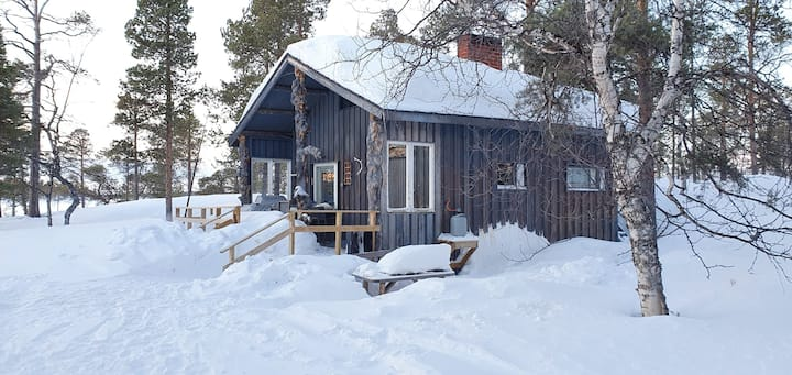 Lake Inari cottage