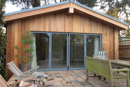 Gorgeous garden room - Teddington
