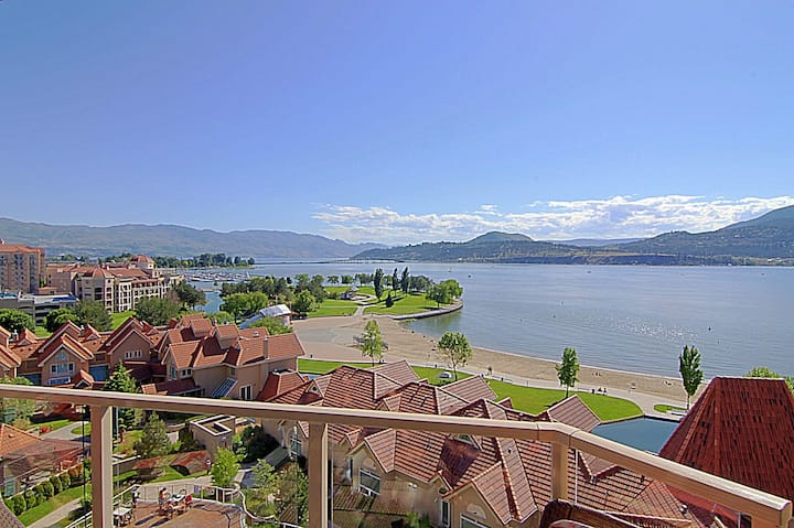#1301 Sunset Waterfront Resort Stunning 13th Floor Downtown Lakeview Corner Unit