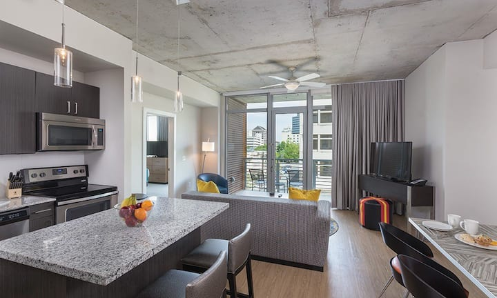 2 Bedroom Suite - Austin, Tx by 6th St