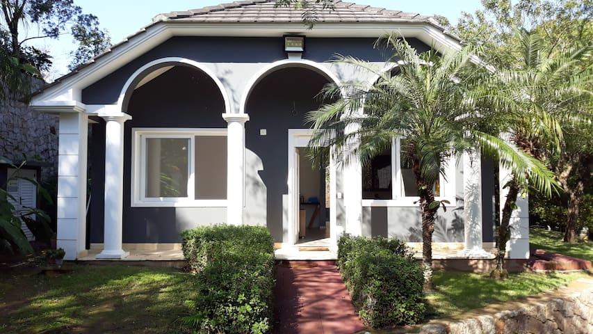 Casa Inteira, Praia Exclusiva, Vista Mar e Piscina