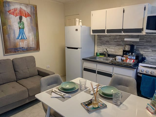 Cute apartment with patio and FREE laundry