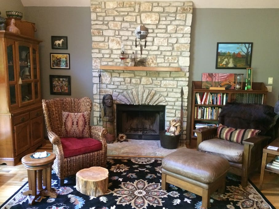 Crow House Artist Home With Loft Houses For Rent In Bloomington Indiana United States