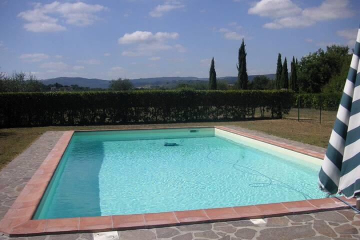 Il Poggio- San Gimignano: Villa, Park and Pool - Colle di Val d'Elsa - Villa