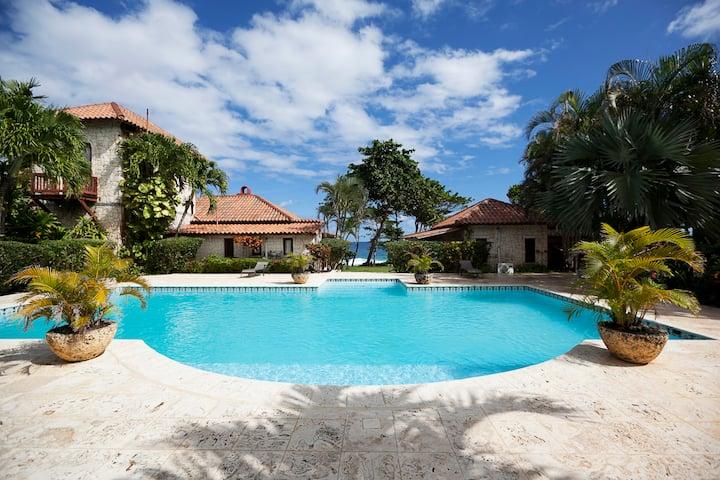Exclusive Luxury Vacation Villa
