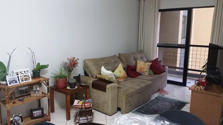 Quarto silencioso e aconchegante - Mansões Santo Antônio - Apartment