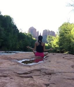 Yoga Retreat Near Cathedral Rock - Sedona - Ház